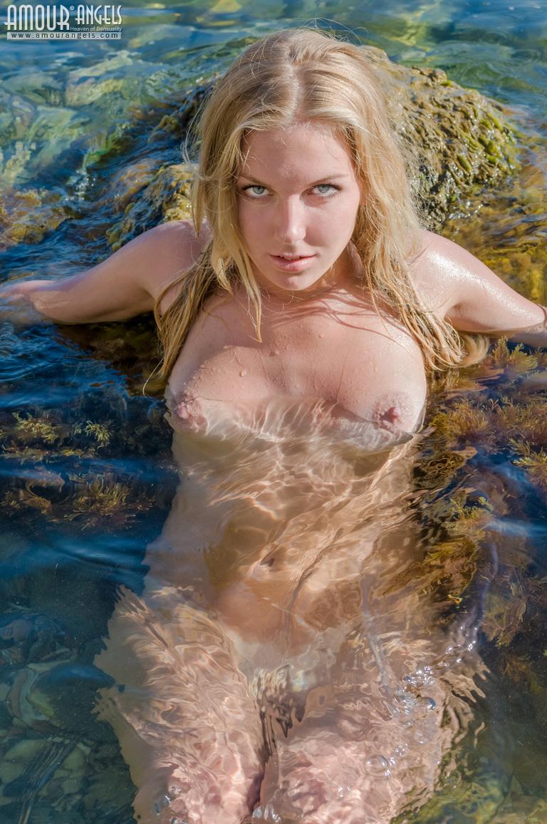 Renee felice smith porno