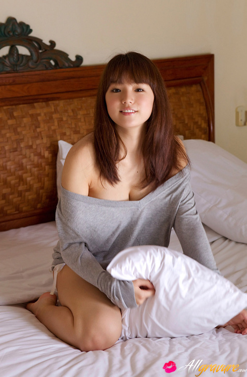 Shinozaki vegina Naked photos Ai of