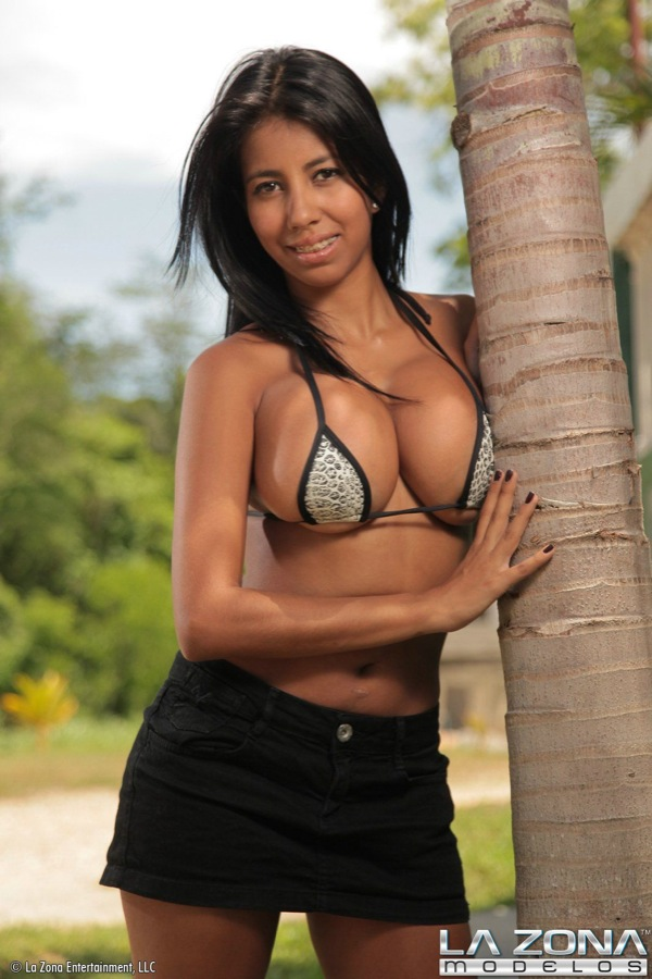 La Zona Ana Barely Leagl Latina Shows Off Enormous Boobs